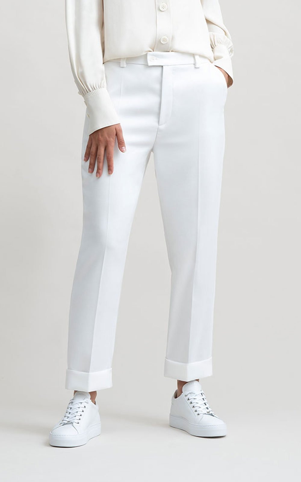 The Make White pant
