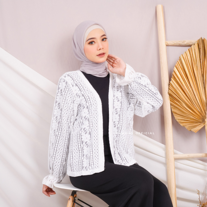 Micca Outer