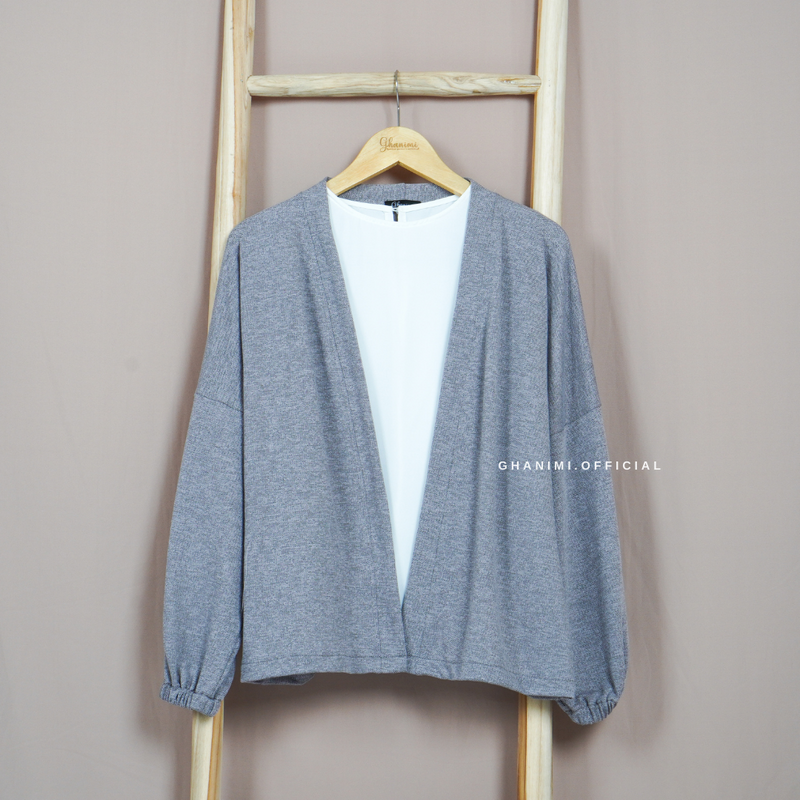 Yemma Outer Grey
