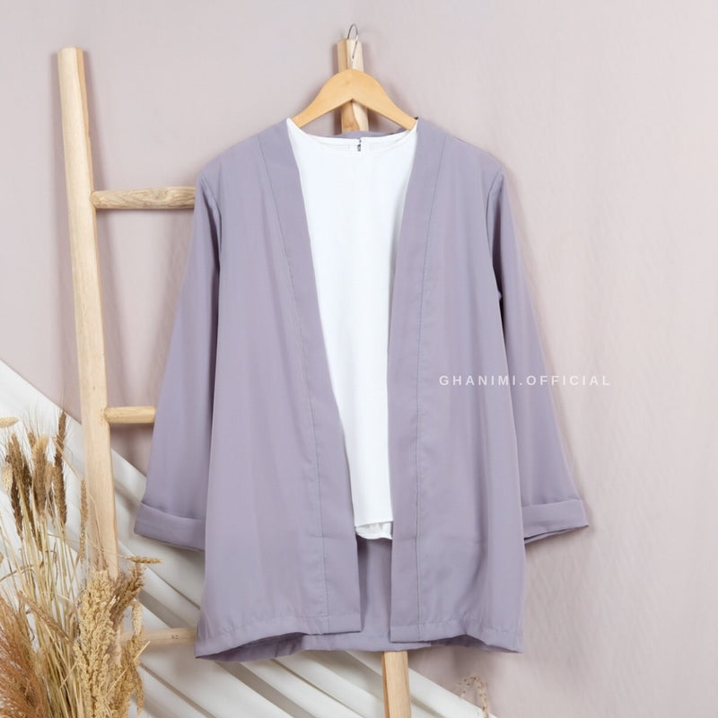 Basic Outer Series 2 Grey