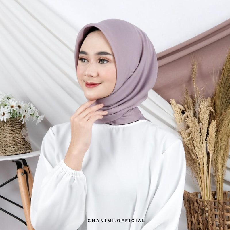 Defect Almeera Hijab
