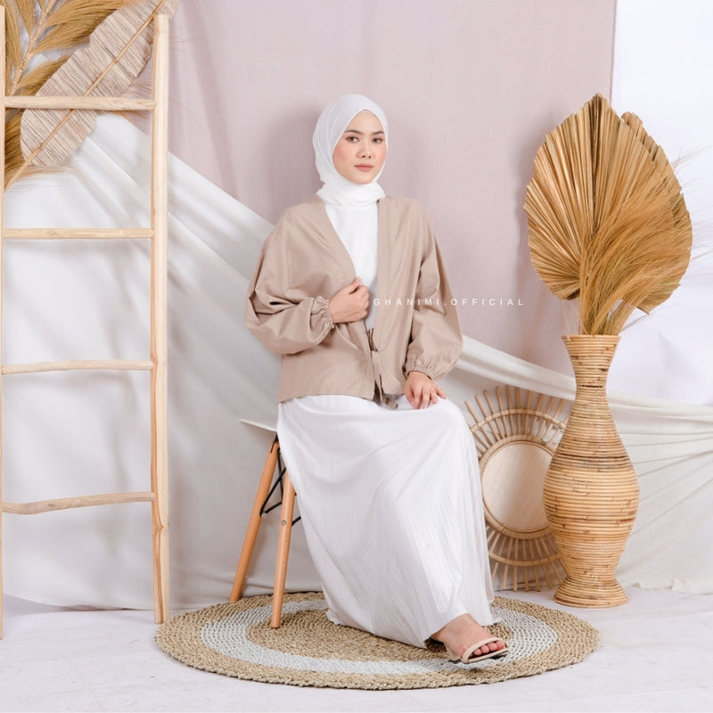 Haya Outer Nude