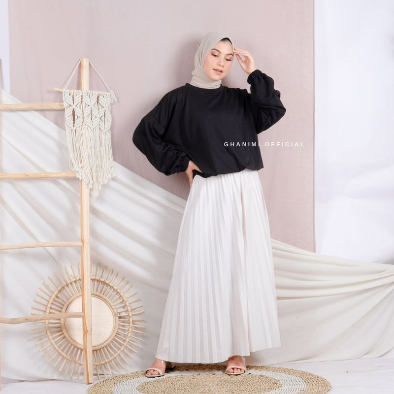 Kira Sweater Black