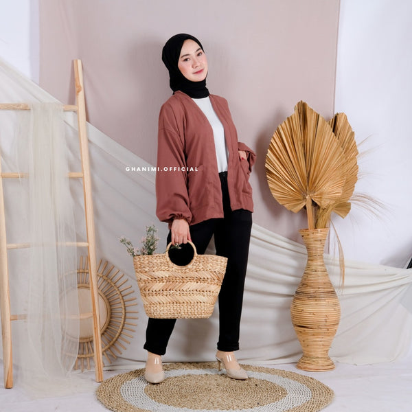 Nami Outer Brown