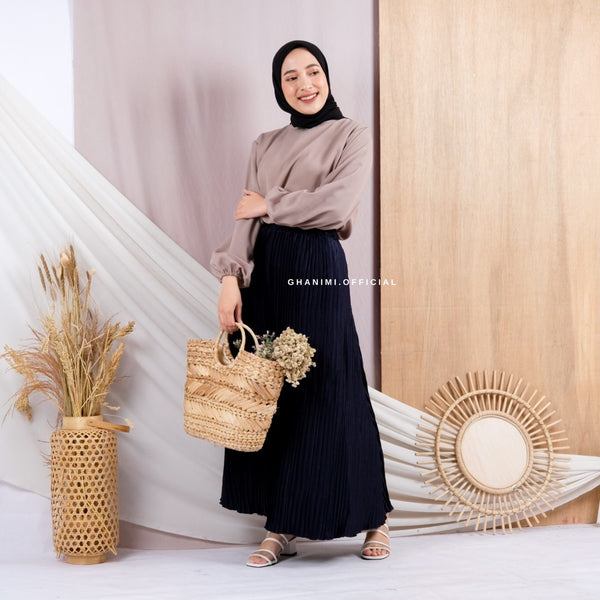 Lacia Skirt Navy