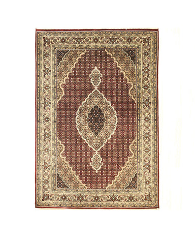 Red Hand-knotted Wool Traditional Mahi Rug