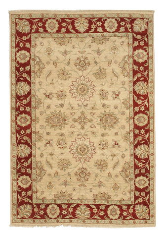 Hand-knotted Wool Beige Traditional Oriental Agra Rug (5'8 x 8'2)