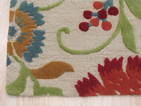 Hand-tufted Wool Beige Traditional Floral Spring Garden Rug