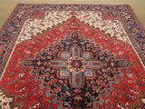 Red Traditional Heriz Rug, 6'11 x 9'11