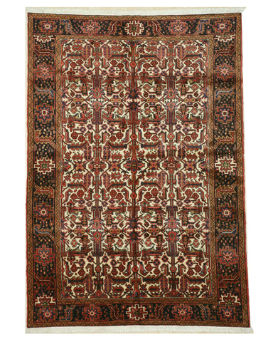 Hand-knotted Wool Ivory Traditional Oriental Heriz Rug (6'10 x 9'10)