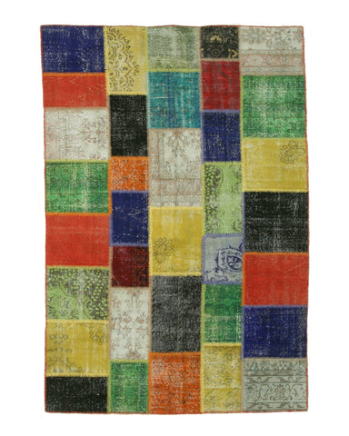 Hand-knotted Wool Traditional Geometric Turkish Patch Rug (6'6 x 9'8)