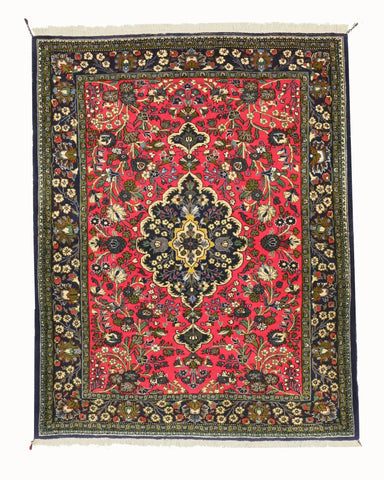 Hand-knotted Wool Pink Traditional Oriental Qum Rug (3'8 x 4'8)