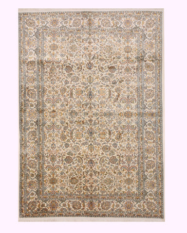 Hand-knotted Silk Ivory Traditional Oriental Kashmir Rug (5'6 x 7'11)