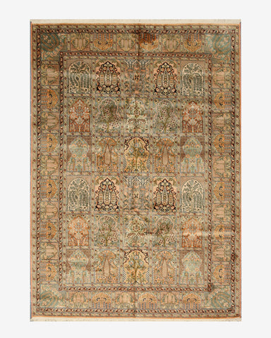 Hand-knotted Silk Peach Traditional Oriental Tabriz Rug (6'1 x 8'8)