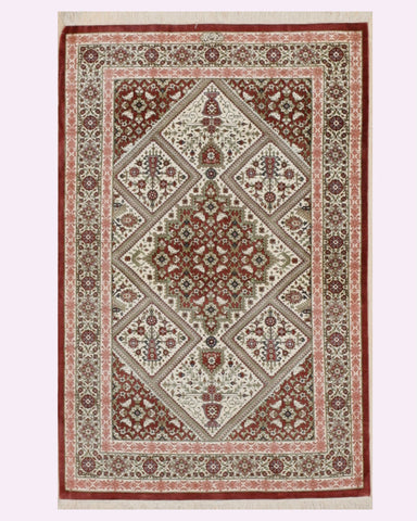Hand-knotted Silk Ivory Traditional Oriental Qum Rug (2'7 x 4'0)