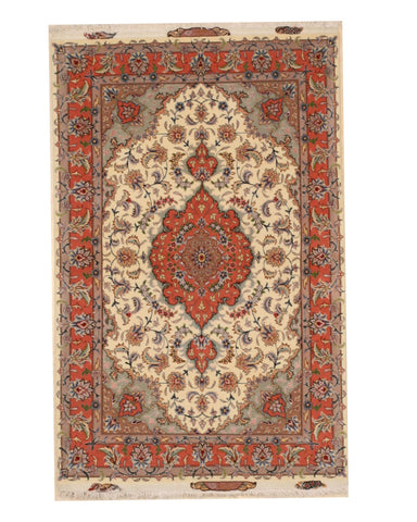 Hand-knotted Wool & Silk Ivory Traditional Oriental Tabriz Rug, 3'3 x 5'