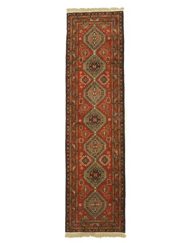 Hand-knotted Wool Rust Traditional Oriental Shirvan Rug (2'7 x 9'5)