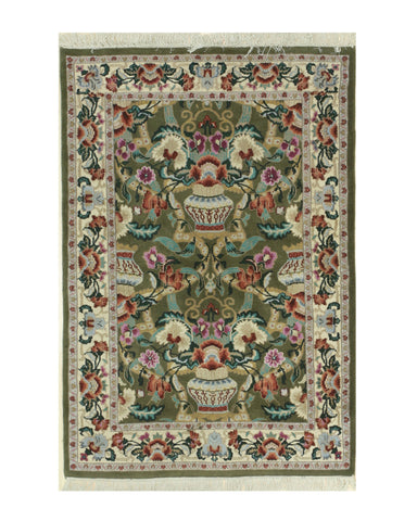 Hand-knotted Wool Green Traditional Oriental Vase Rug (3'11 x 5'9)