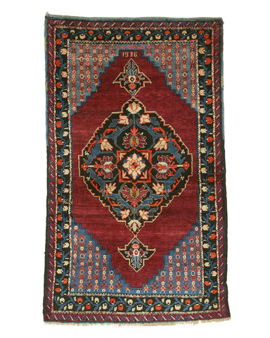 Red Traditional Dagestan Rug, 3'10 x 6'5