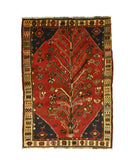 Hand-knotted Wool Red Traditional Oriental Shiraz Rug (4'3 x 6'6)