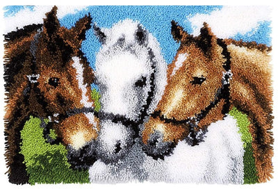 3 Horses Rug Latch Hooking Kit (52x38cm)