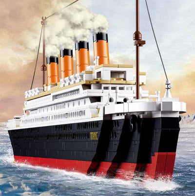 Titanic RMS Ship Building Blocks