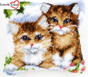 Cute Kittens Pillow Latch Hooking Kit (43x43cm)