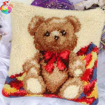 Latch Hooking Pillow Kit - Teddy Bear