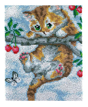 Kitten in Tree Rug Latch Hooking Kit
