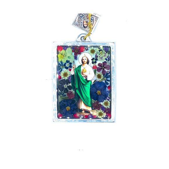 St Jude Wall Ornament w/ Natural Flowers, 4.5