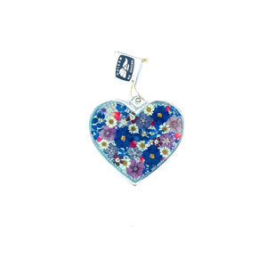 "Heart-Shaped Wall Ornament w/ Natural Flowers, 3.1"" X 2.9"" (MS)"