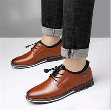 Load image into Gallery viewer, Luxury Pointed Toe Casual Leather Shoes for Men
