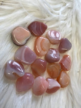Load image into Gallery viewer, Peachy Agate