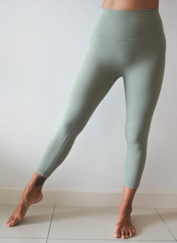 LUSH Series: Capri Leggings with Slit Pocket - Moss Green