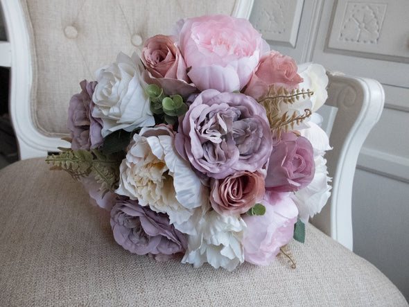 mauve wedding flowers