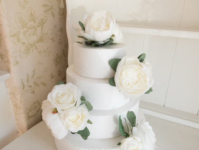 white roses and peonies cake flowers