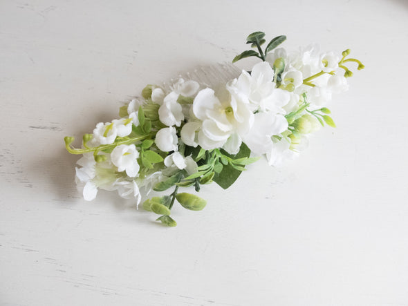 White and green silk flower hair comb