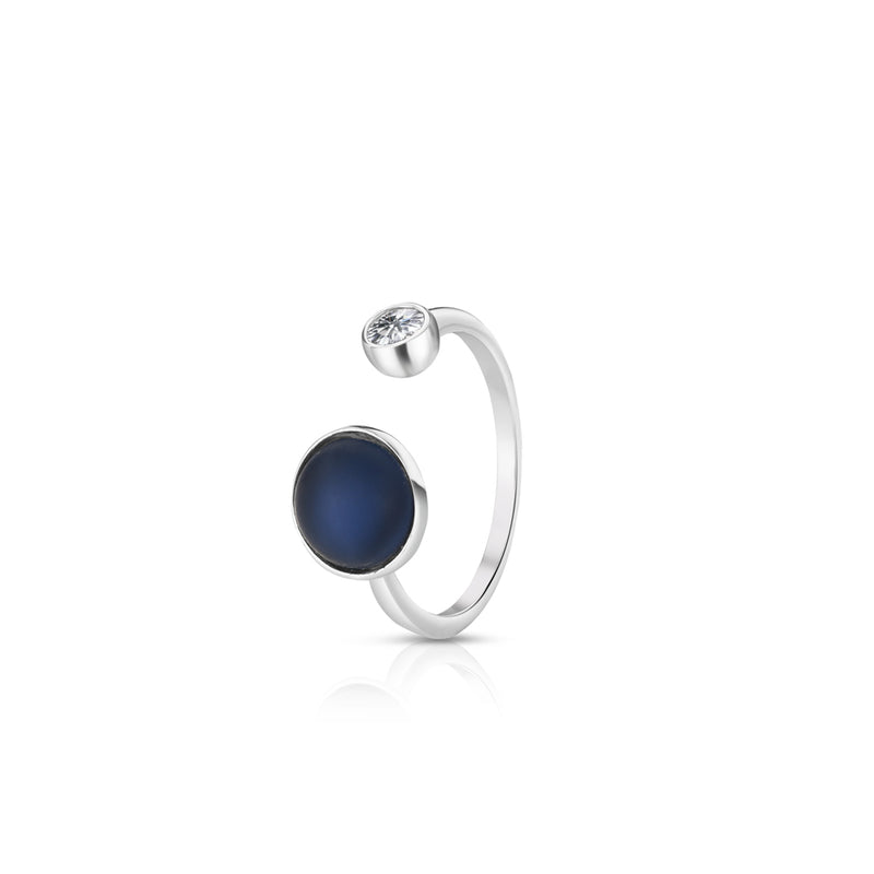 NEWBRIDGE SILVER ADJUSTABLE RING WITH BLUE AND CLEAR STONE SETTINGS R1903