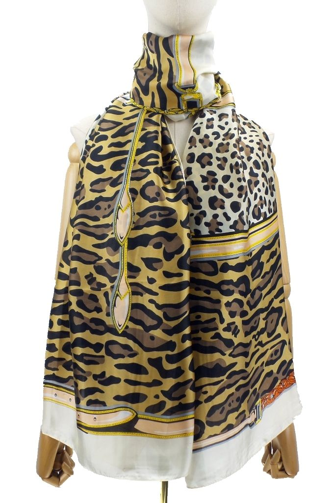 LUXURIOUS DESIGNER INSPIRED SILK FEEL SCARF LEOPARD PRINT