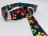 Service Dog Collar & Bringsel Black/Multicolored Paws