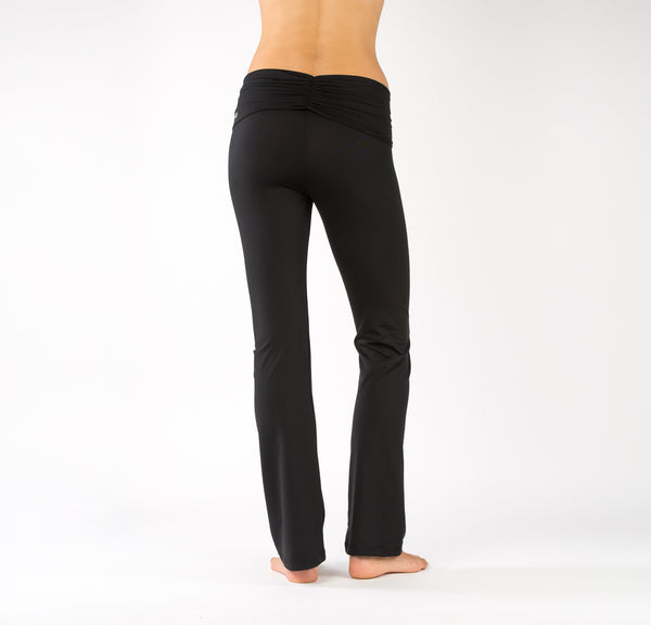 yoga pants with ruching