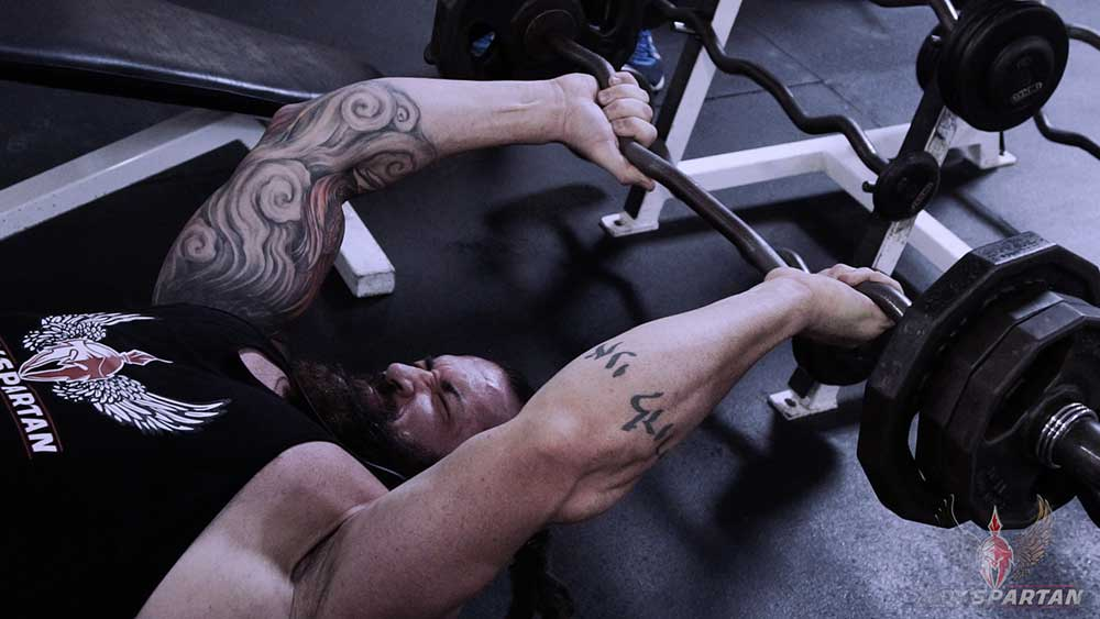 Arm workout skull crushers position 1