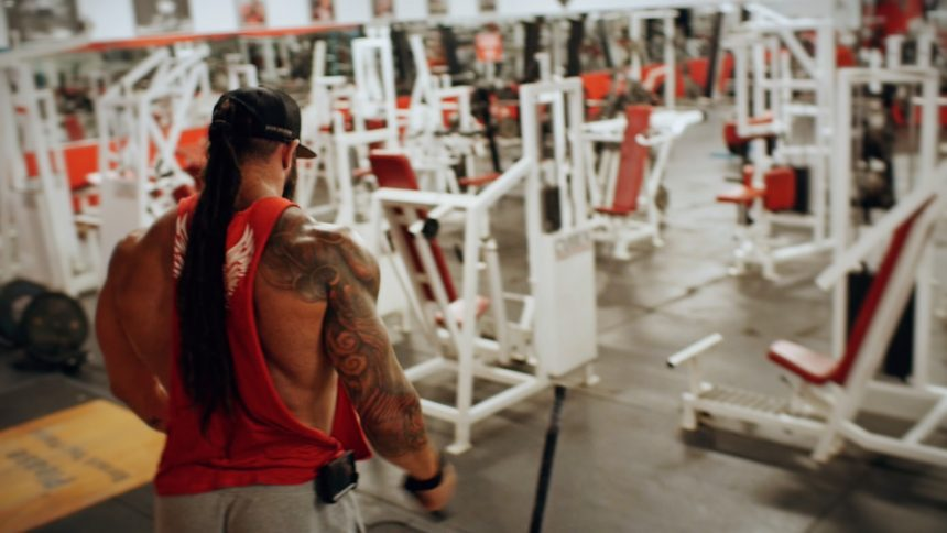 Back and biceps workout />     <h2>This back and biceps workout is all super sets!</h2>     <p>Get ready for a nast back and biceps workout with Brand Ambassador, Howard Perry, and Founder, <a href=