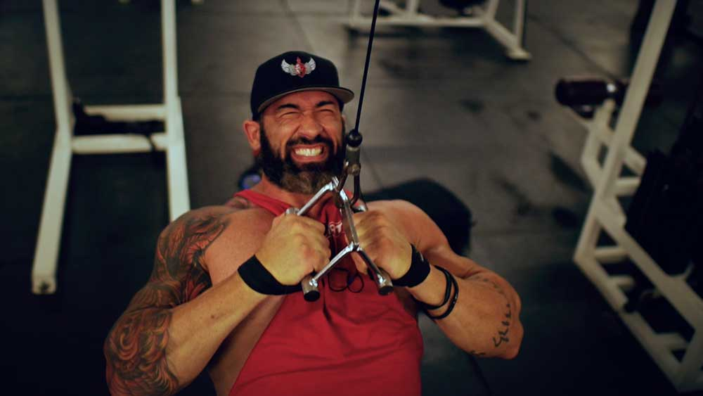 Back and biceps workout close grip pulldown 02