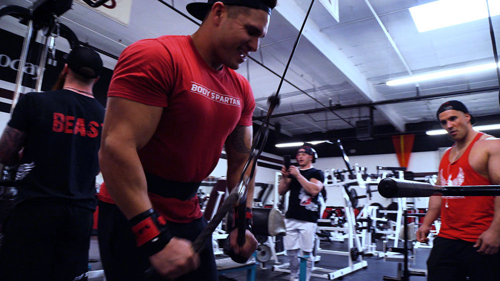 Rope triceps pushdowns
