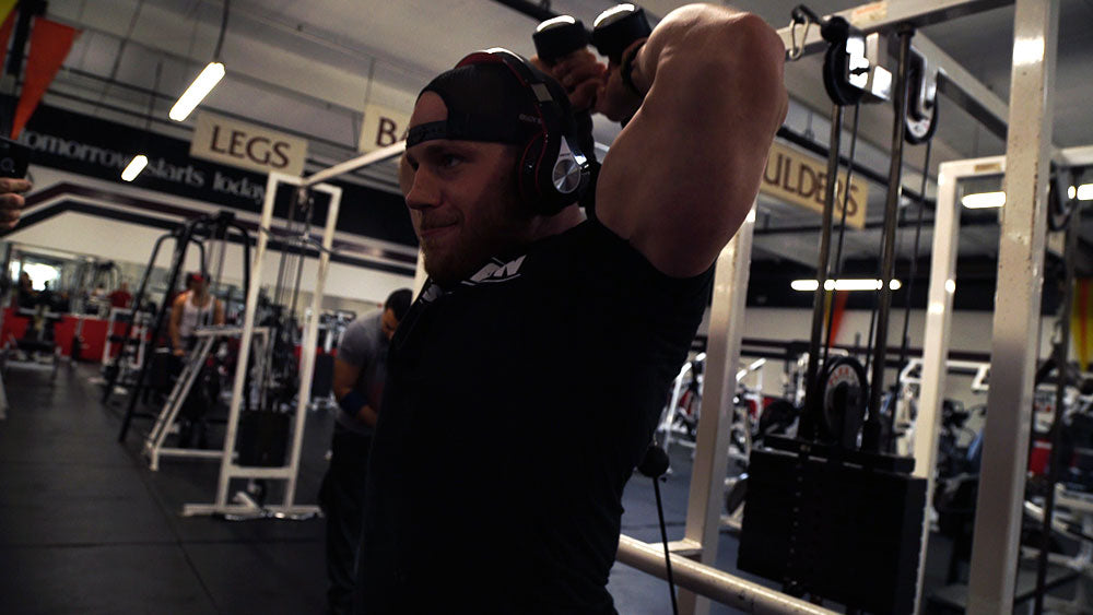 Overhead rope extensions for big arms workout