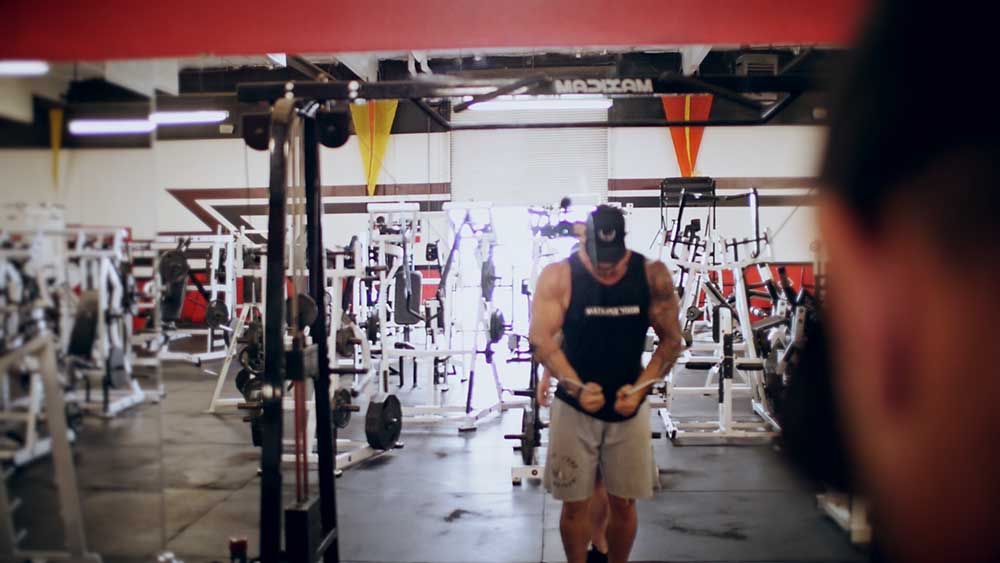 chest workout cable flies