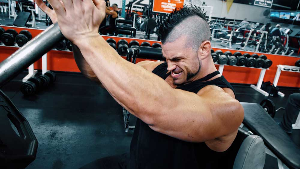 Chest workout with diamond presses