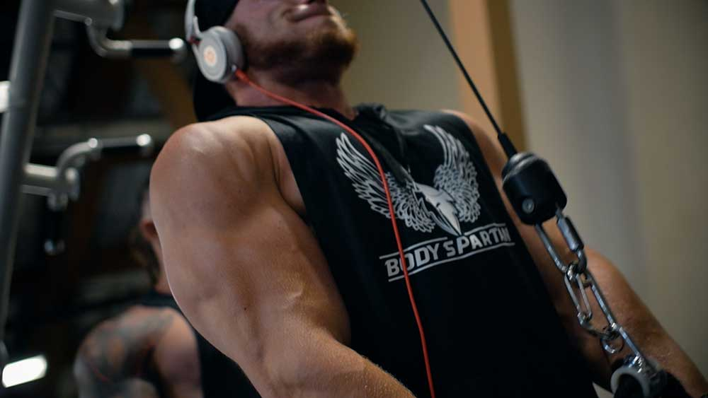 Triceps extensions with rope