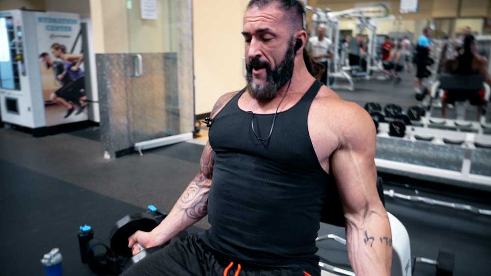 Isolated biceps curls